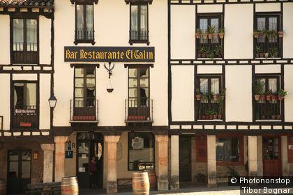 Espagne, Castille Leon, Covarrubias, maisons typiques