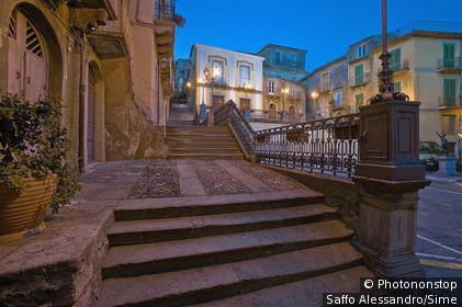 Italie, Sicile, Novara di Sicilia, Zone Méditerranéenne, Province de Messina - Old town