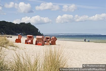 Germany, island reprimands Sellin South-beach wicker beach chairs tourists, cloud-heavens, Northern Germany, Mecklenburg-Western Pomerania, Baltic Sea*-island, Baltic Sea*-bath, sea resort, beach, sandy beach, beach, recuperation, relaxation, relaxe