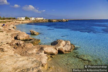 Italie, Sicile , îles Egadi, Favignana, Zone Méditerranéenne, Province de Trapani - Marasolo Beach