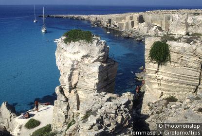 Italy, Sicily, Egadi, Favignana Island, cala Rossa.