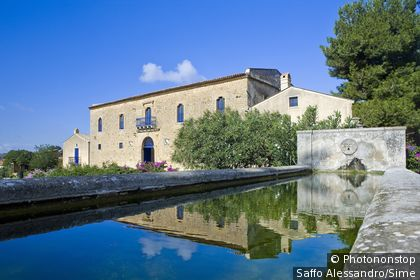 Italie, Sicile, Sclafani Bagni, Zone Méditerranéenne, Province de Palermo - Regaleali locality, Tasca D'Almerita winery