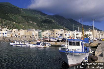 Sicily, Marettimo island, the harbour, Scalo Nuovo