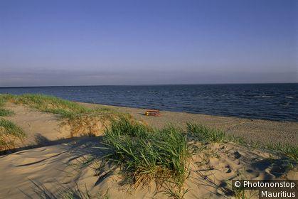 Republik Estland, Pärnu, Küste, Dünen, Sandstrand, Meer, Sommer, Abendlicht Eurasien, Europa