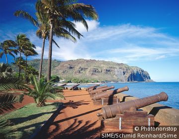 France / La Reunion / Denis / Cannons at the Barachois seaside, northern coast