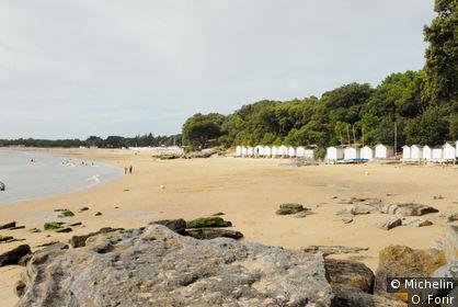 La plage des Sableaux.