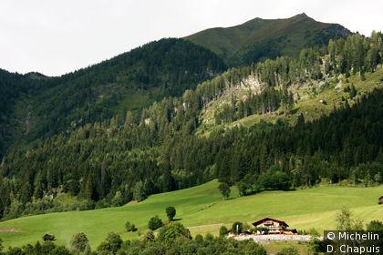 Chalet à flanc de montagne