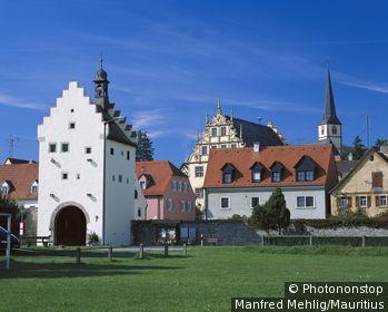 Germany, Bavaria, Marktbreit, city view, river Main franc city houses shores,