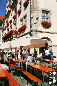 Sur Rathausplatz.