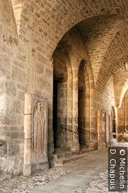 L'entrée de l'église paroissiale