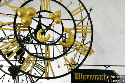 Enseigne d'un horloger