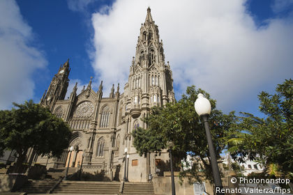 Spain, Canary Islands, Grand Canary, Arucas, the cathedral.