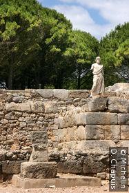 La statue d'Asklepios