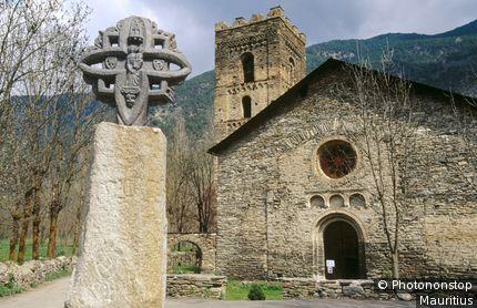 Espagne, Catalogne, province de Lerida, Pallars Sobira, Ribera de Cardos, église Santa María de Ribera