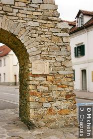 Une des portes sur les remparts: Eggentor
