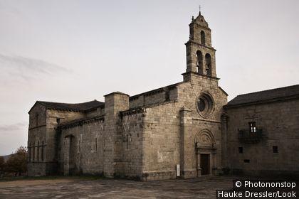 Iglesia románica de San Martín de Castaneda Lago de Sanabria Zamora Castilla-León España