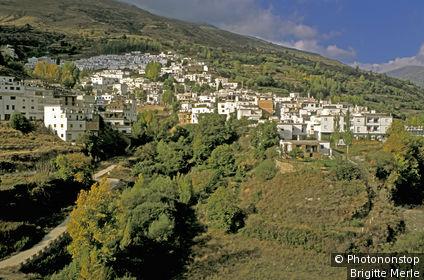 Espagne, Andalousie, Sierra Nevada, région des Alpujarras, Trevélez, vue générale du village