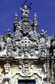 Espagne, Castille la Manche, monastère d'Uclés, détail architecture extérieure