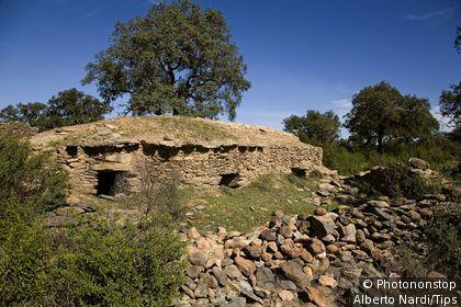 Espagne, Andalousie, province de Huelva, Valverde del Camino, dolmens Los Gabrieles