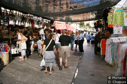 Le marché de Vic