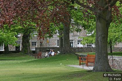 Le parc qui longe King's College Chapel.