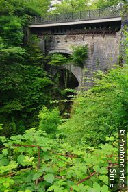 Royaume-Uni, Pays de Gales, Ceredigion, Grande-Bretagne, Dyfed - View of the triple span of the so-called Devil's Bridge, over the river Mynach, in the Rheidol valley, 10 miles from the town of Aberystwith