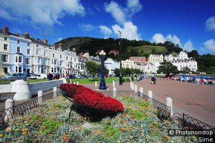 Royaume-Uni, Pays de Gales, Conwy, Llandudno, Grande-Bretagne, Gwynedd - View of the seaside Promenade of the Victorian resort town of Llandudno