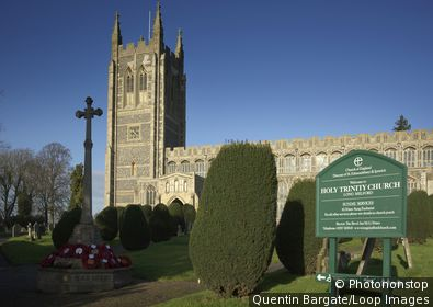 England, Suffolk, Long Melford. A view toward Holy Trinity Church which is one of the great Suffolk wool churches.