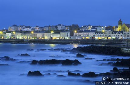 Evening on the coast, Portstewart, Co. Londonderry, Northern Ireland, Great Britain, Europe