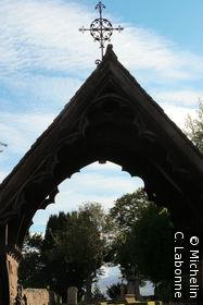 Portail d'entrée de l'église anglicanne