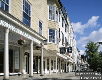 England, Kent, Tunbridge Wells, The Pantiles / Shopping Street