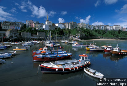 UK, Wales, Tenby and the harbour