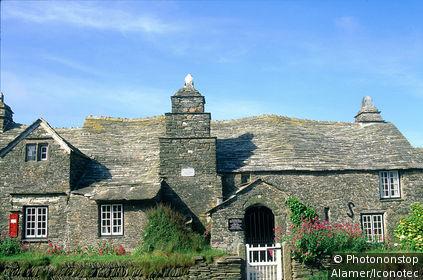 Angleterre, Cornouailles, la poste de Tintagel