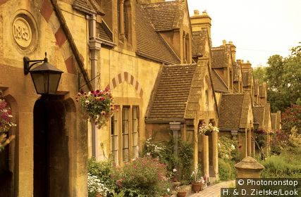 Europe, England, Gloucestershire, Cotswolds, Winchcombe, Dent's Terrace