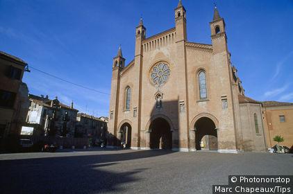 Italy, Piedmont, Alba, San Lorenzo Cathedral