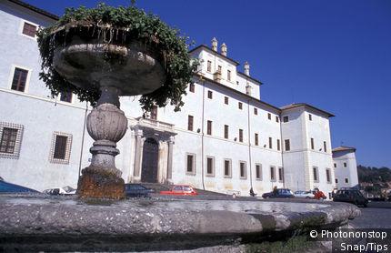 Lazio, Ariccia. Villa Chigi