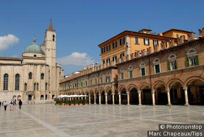 Piazza del Popolo and San Francesco Church.