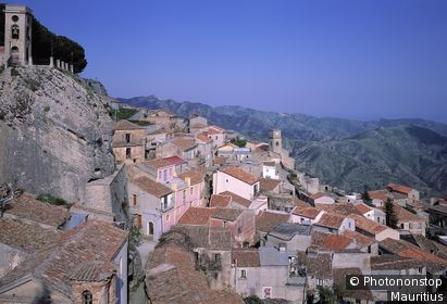 Italien, Kalabrien, Bova, Ortsansicht, Aspromonte (Gebirge) Berglandschaft, Ort, Berg