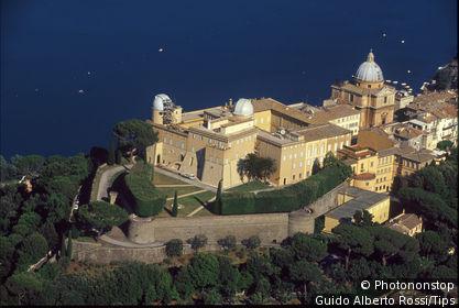 Italie, Latium, Castel Gandolfo, Observatoire du Vatican, vue aérienne