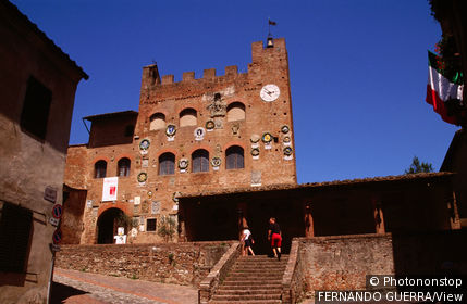 Italy, Tuscany, Certaldo Alto, Palazzo Pretorio decorated with coats of arms of former vicars in Vicaret of Valdesi.