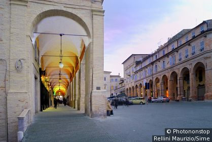 Italy, Marches, Fermo, Piazza del Popolo, colonnade