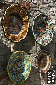 La céramique est une spécialité de la ville.