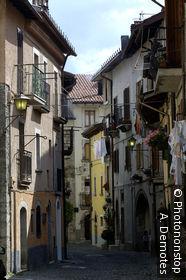 Italie, Abruzzes, Parc national des Abruzzes, village de Pescasseroli