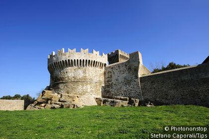 Italy, Tuscany, Populonia, castle