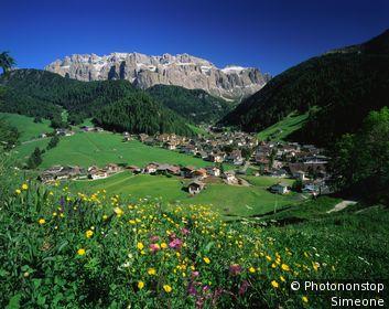 IN*Italie, Trentin-Haut-Adige, Tyrol, Selva di val Gardena et massif du Sella