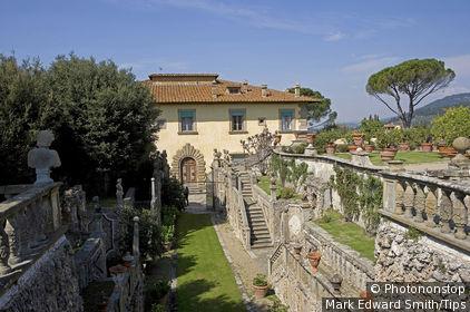 Italy, Tuscany, Settignano, Villa Gamberaia, garden.