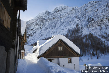 Switzerland, Canton Tessin, The village of Bosco Gurin, in Maggia Valley, in winter