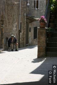 Dans la rue de la Cateratta.