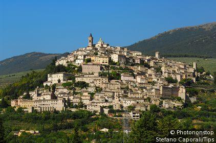Italy, Umbria, Trevi, panoramic view