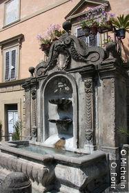La fontaine de la place G.Mazzini.